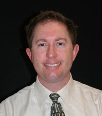 Todd Flora headshot