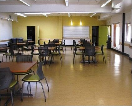 NEW KEC Lunchroom